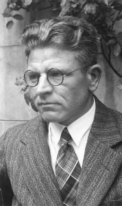Pfarrer Hermann Diem um 1935 in Ebersbach.